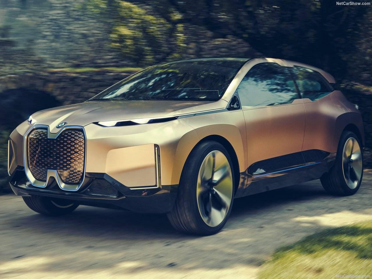 BMW Vision iNEXTConceptを発表!完全自動運転を搭載したSUV(SAV)+ リビングルーム