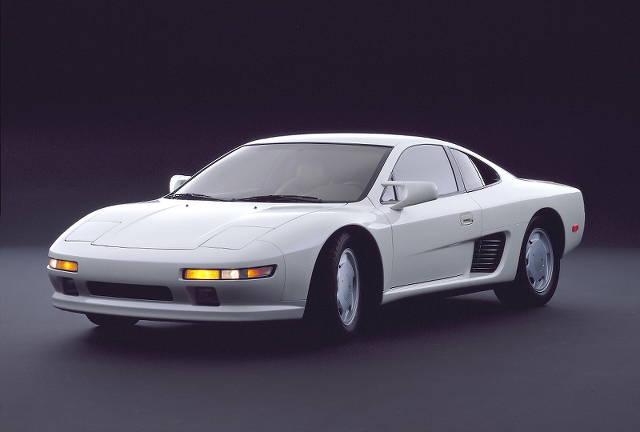 日産「アルピーヌA110」新型!ミッドシップを33年振り開発中の噂が?