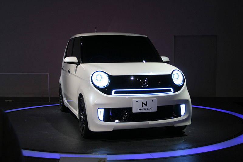 Honda ユニークでパワフルな車「N-ONE」の走行性能やグレードは!?