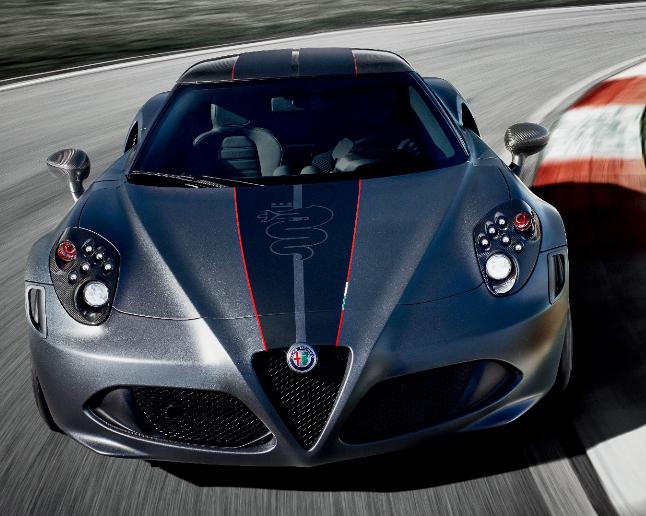 アルファロメオ「4C」から2種類の特別限定車が登場。11/21から予約開始