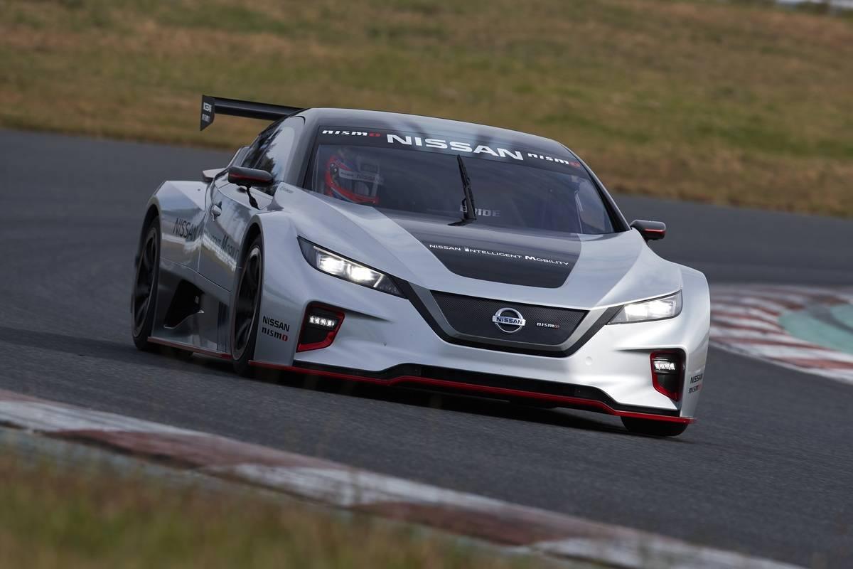 日産の新型EVレーシングカー「NISSAN LEAF NISMO RC」を初公開!その外観・走行性能とは!?