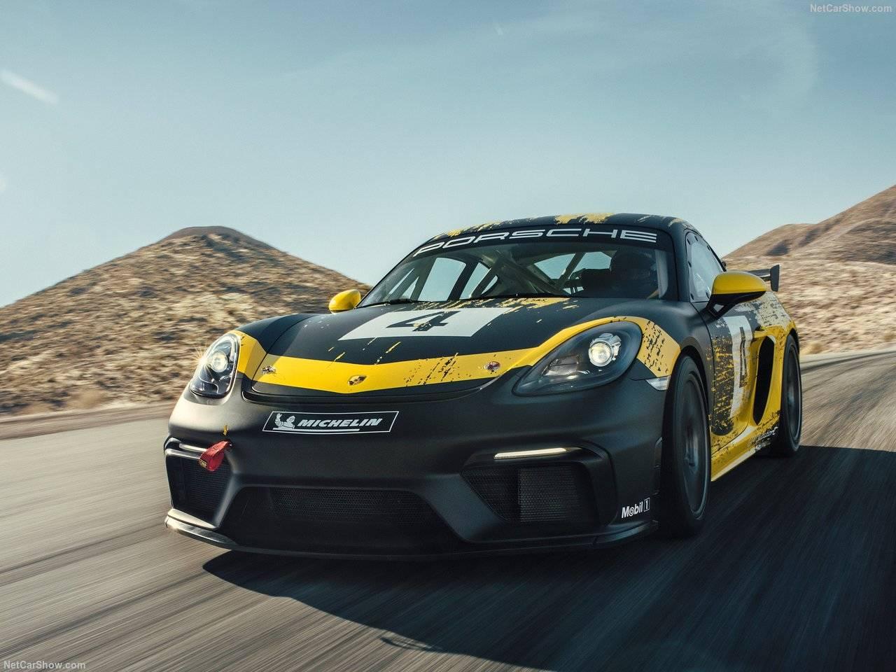 ポルシェ718ケイマンにGT4クラブスポーツが登場、レース仕様を検証