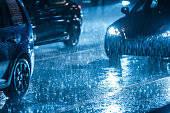 これから訪れる梅雨、突然の豪雨に効果を発揮する便利グッズ特集