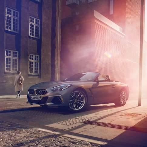 BMWから30台限定、Z4 M40i フローズン・グレー申込期限間近