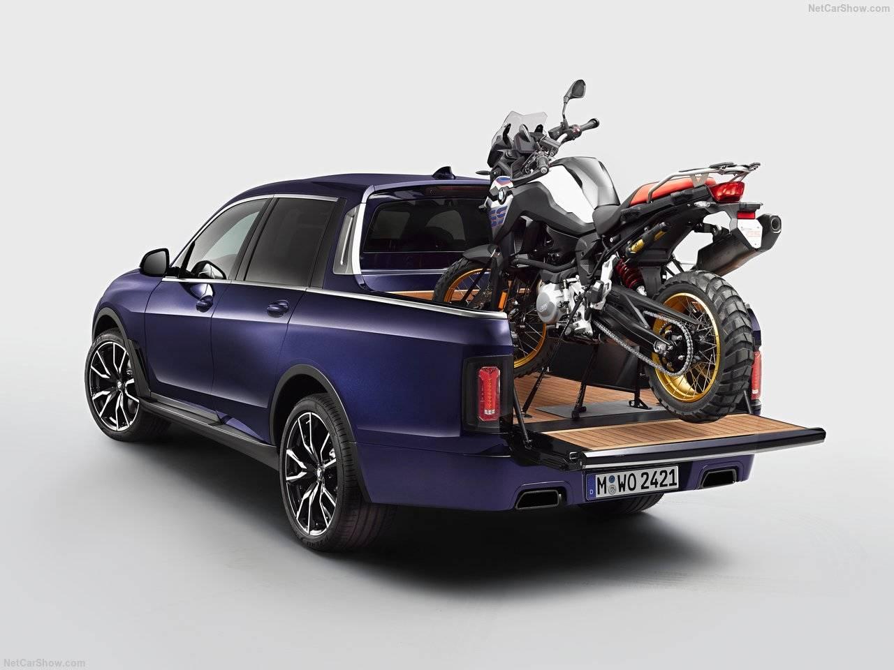面白い!BMW X7にピックアップコンセプトが公開されました。