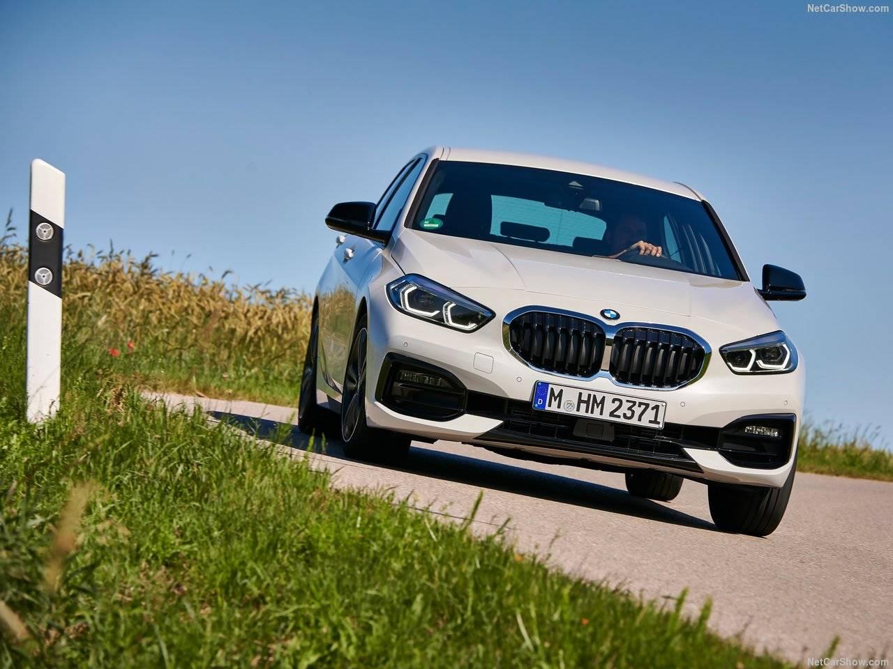 BMW 新型1シリーズが登場、FRからFFに進化!