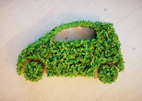 トヨタ、カナダに燃料電池自動車「MIRAI」を試験導入-「MIRAI」を通じて、水素を活用した「未来」に関する理解活動を開始-
