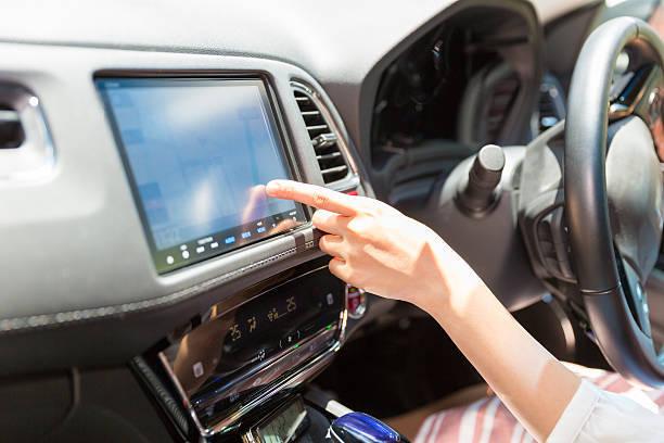 カーナビはスマホアプリで十分?車載ナビとスマホアプリ、それぞれのメリット・デメリットは?