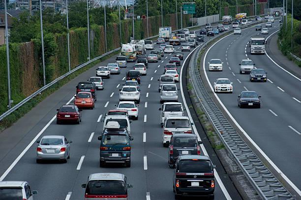 【アンケート】車で旅行に行くなら、何時くらいに出発する?