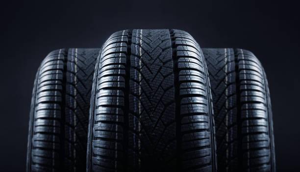 そろそろ暖かくなる季節!タイヤの溝は大丈夫ですか?各メーカーが新作投入。快適なドライブは新タイヤで!!
