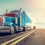 目指せブラック業種脱出!アメリカのトラック業界、目下賃金を昇給中?!