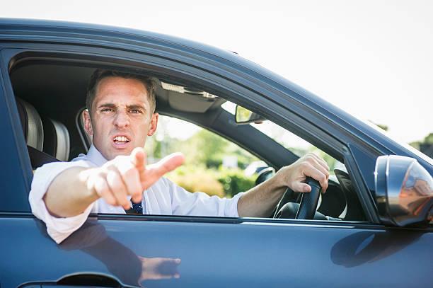 アメリカの「あおり運転」「危険運転」は命にかかわる! 銃社会なので弾が飛び交うのが当たり前