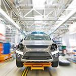 ロシアでは、来年1月からの消費税値上げで自動車購入ラッシュ。価格も上昇