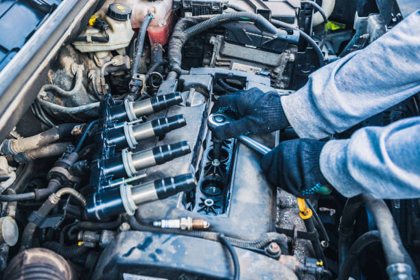 現代のエンジンのスパーク プラグの交換