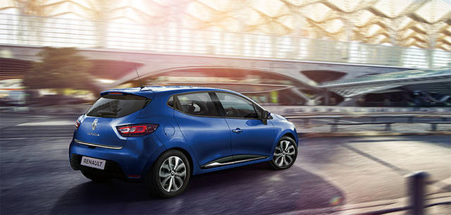 Renault Japon | Official Web Site | RENAULT PRESSE #61 WHAT'S NEW:「さらなる上質さ」を追い求めて ルノー ルーテシアが進化 (2923)