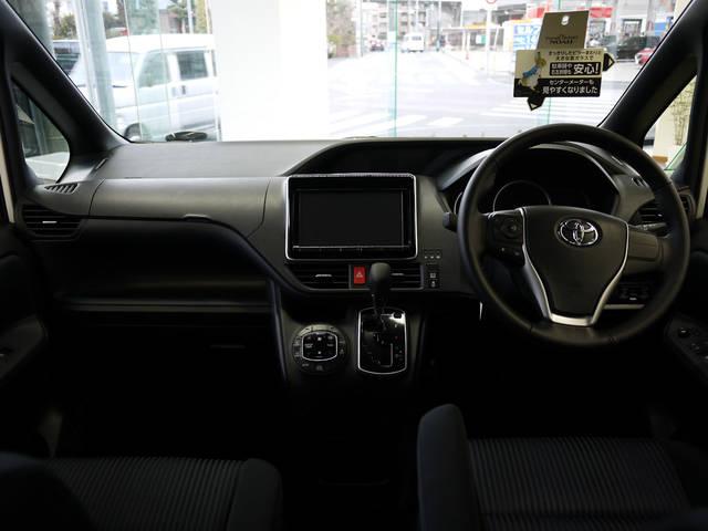 トヨタ エスクァイア(エスクワイア)見てきました!内装はハリアー的な質の良さで好評価! | ワンダー速報 (3351)