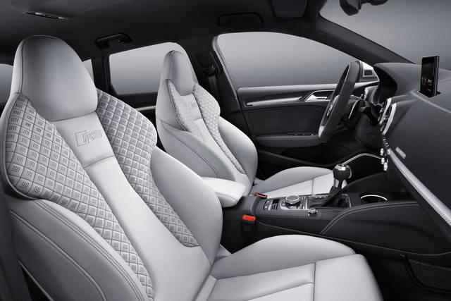 新型Audi RS 3 Sportback、新しいエンジンとよりシャープになった外観のAudi RS 3 Sportbackをジュネーブ国際モーターショーに出品 | Audi Japan Press Center - アウディ (3902)