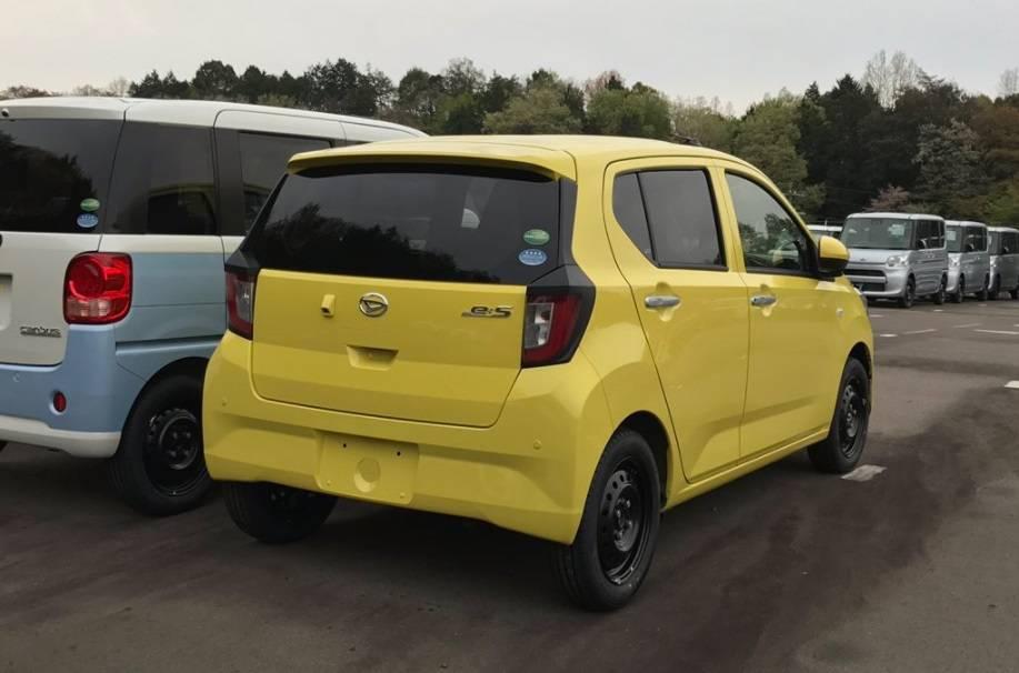 ダイハツ新型ミライース 価格は84.2万円から!フルモデルチェンジ最新情報まとめ!燃費は35.2km/L!発売日は2017年5月9日!