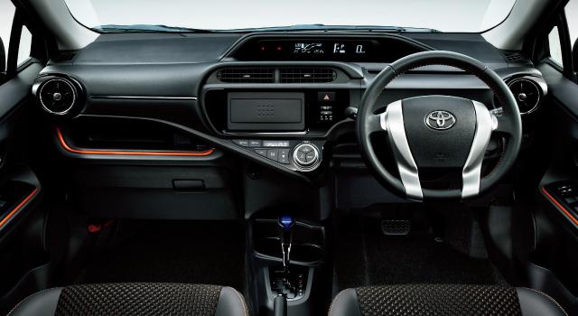 トヨタ アクア | 価格・グレード | X-URBAN | トヨタ自動車WEBサイト (7972)