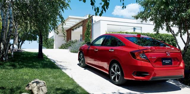 デザイン・カラー|スタイリング|シビック セダン|Honda (12636)