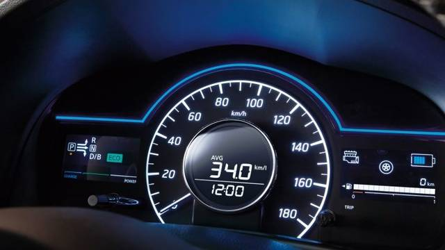 日産:ノート [ NOTE ] 電気自動車 (e-POWER) | 走行性能 (13244)