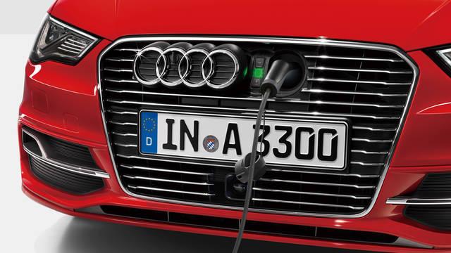 Audi A3 Sportback e-tron > アウディジャパン (14189)