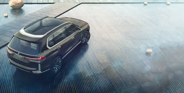 BMW X7 Concept iPerformance - Concept Vehicle - BMW USA (15064)