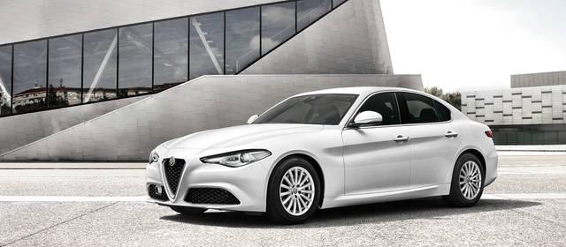 GIULIA (ジュリア) - 独創のデザインと革新技術の粋が生んだ、珠玉のプレミアムセダン。 | Alfa Romeo(アルファ ロメオ) (17996)