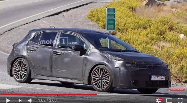 Next Gen Toyota Auris Corolla Spy Shots - YouTube (19349)