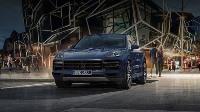 Porsche The new Cayenne Turbo Models - ポルシェジャパン (20345)