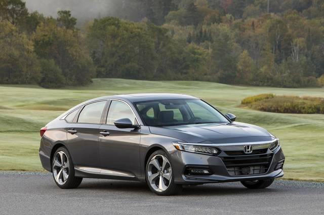 Honda Media Website|企業情報リリース『北米向け「ACCORD(アコード)」が「2018 North American Car of the Year」を受賞』 (21865)