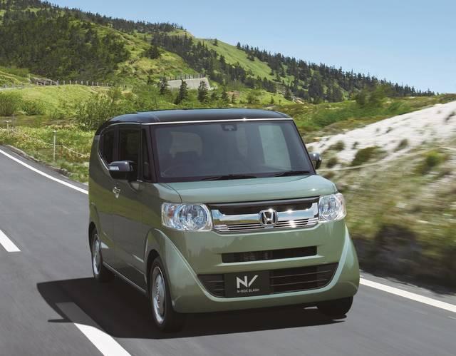 Honda | 「N-BOX SLASH」をマイナーモデルチェンジし発売 (22134)