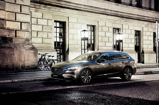【MAZDA】マツダ、ジュネーブモーターショーで商品改良した「Mazda6」ワゴンを世界初公開|ニュースリリース (23645)