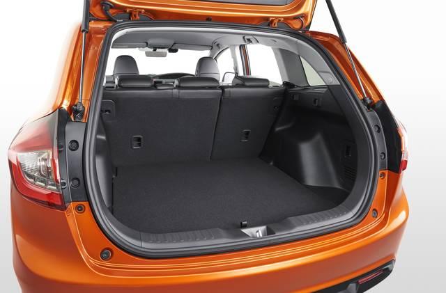 Honda | 「JADE」の改良モデルをホームページで先行公開 (25482)