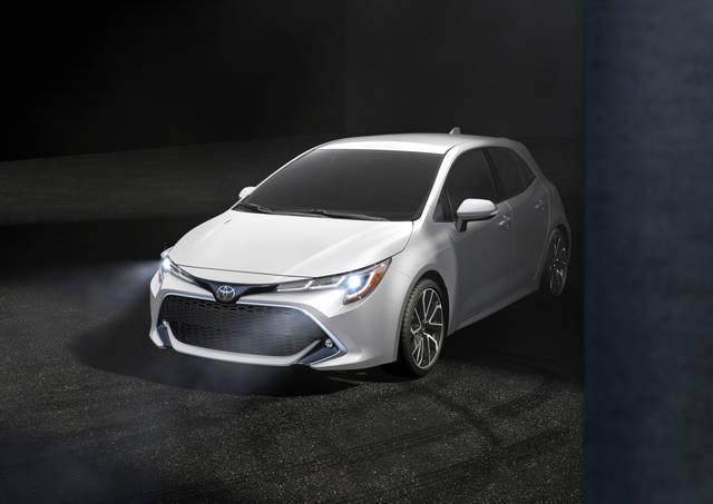TOYOTA、ニューヨーク国際自動車ショーで新型「カローラハッチバック」を初披露 | TOYOTA | トヨタグローバルニュースルーム (26402)