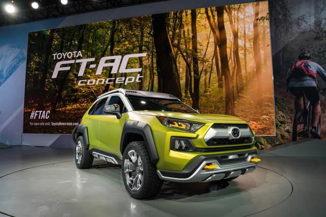 TOYOTA、ロサンゼルスショーに小型SUVコンセプト「FT-AC」を出展 | TOYOTA | トヨタグローバルニュースルーム (27011)