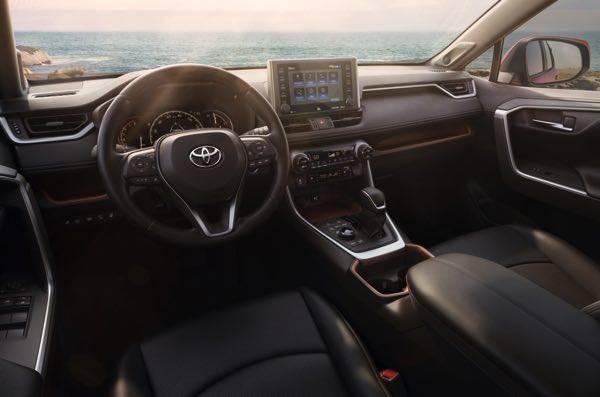 TOYOTA、ニューヨーク国際自動車ショーで新型RAV4を世界初披露 | TOYOTA | トヨタグローバルニュースルーム (27016)