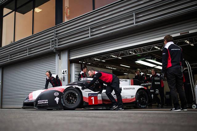 Porsche プレスリリースを読む: F1を超えたポルシェのハイブリッドレーシングカー - ポルシェジャパン (30149)
