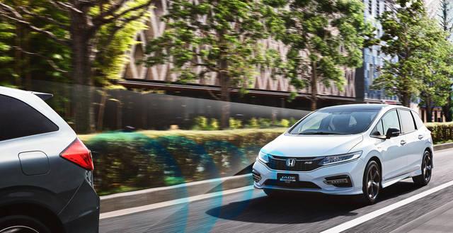 予防安全性能|性能・安全|ジェイド|Honda (30759)
