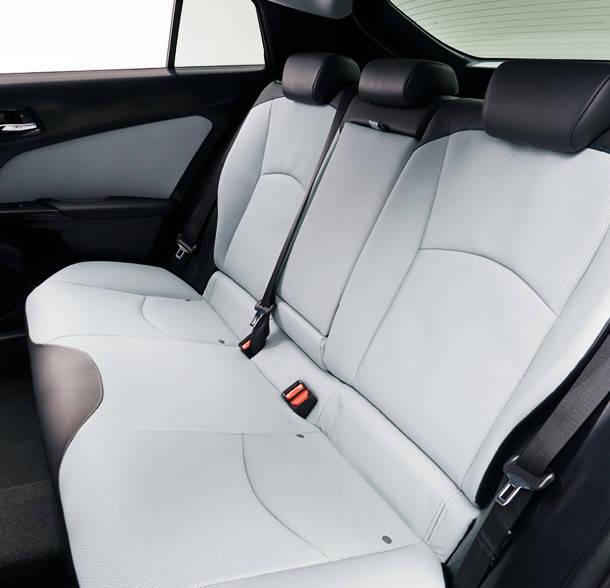 トヨタ プリウス | 室内・インテリア | トヨタ自動車WEBサイト (37445)