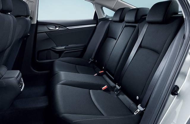 室内空間|インテリア|シビック セダン|Honda (40870)