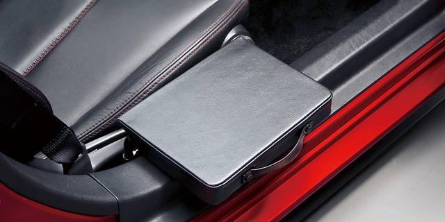 【MAZDA】ロードスター 手動運転装置付車のポイント|福祉車両 (41688)