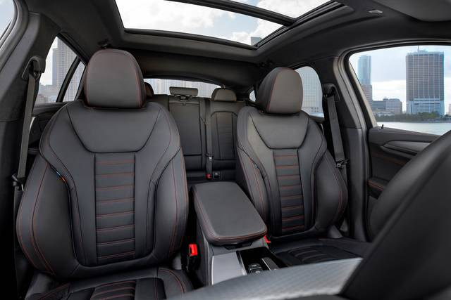 新型BMW X4を発表 (42065)