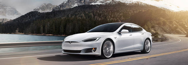 Model S | テスラジャパン (42652)
