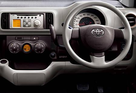 パッソ(トヨタ)のモデル・グレード別カタログ情報|中古車の情報なら【グーネット】 (42732)