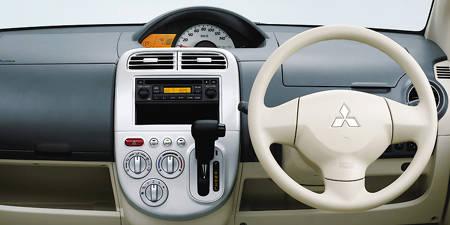 eKワゴン(三菱)のモデル・グレード別カタログ情報|中古車の情報なら【グーネット】 (43126)