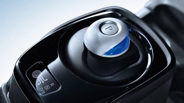 日産:ノート [ NOTE ] 電気自動車 (e-POWER) | 走行性能 (44312)