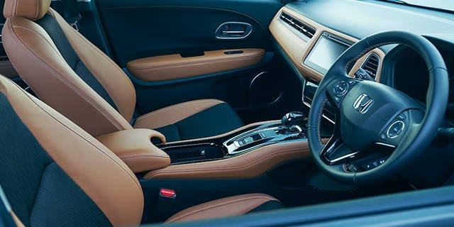 デザイン・カラー|インテリア|ヴェゼル|Honda (44440)