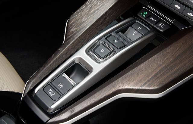 主要装備|装備・オプション|クラリティ PHEV|Honda (44490)
