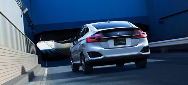 走行性能|性能・安全|クラリティ PHEV|Honda (44497)